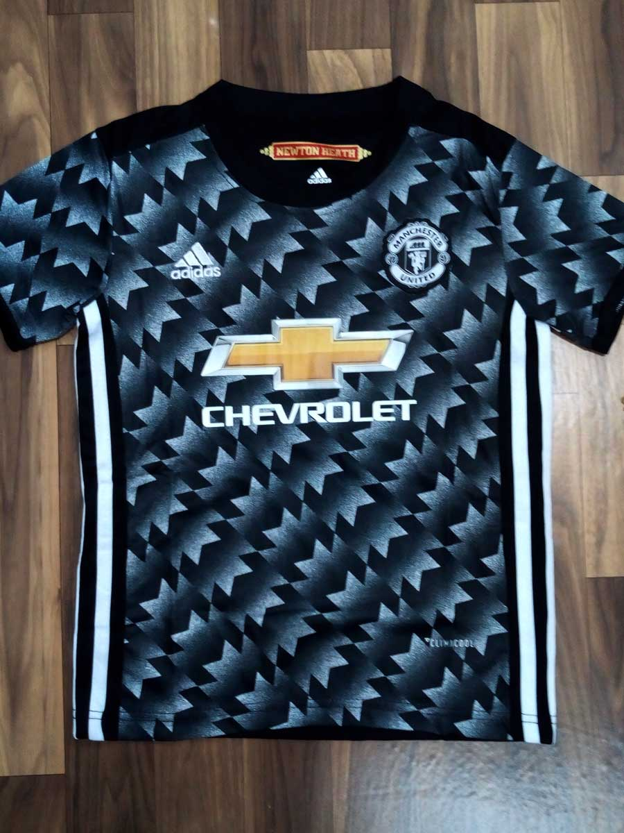 finest selection b672f d7ff4 KIDS Manchester United Football Jersey and Shorts Away 17 18 Season