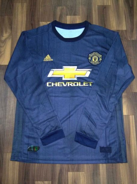 Manchester-United-Long-Sleeves-Football-Jersey-And-Shorts-3rd-Kit-18-19-Season-Front